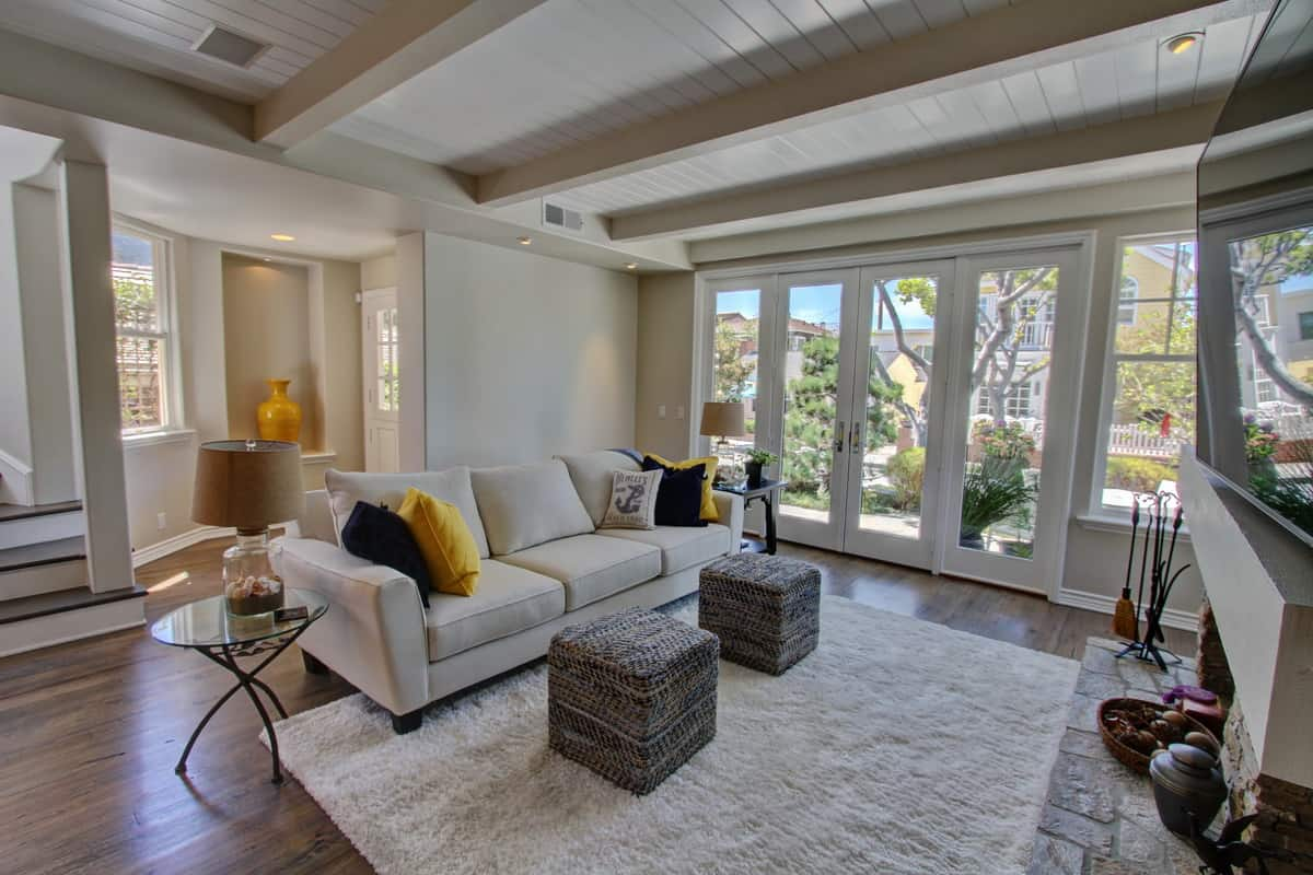 JUST REDUCED TO SELL! 122 Pearl Ave, Newport Beach, Balboa Island